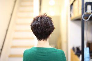 老若男女問わず、直毛でショートヘアの方の悩み解決!クセ毛っぽいパーマ◎